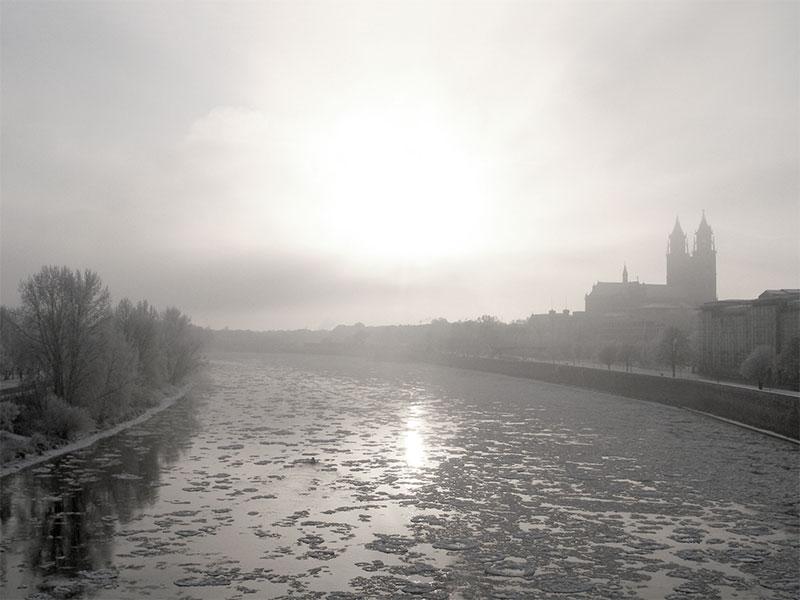 die Königin stirbt im eisigen Januar des Jahres 946 in Magdeburg