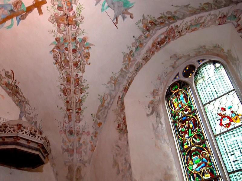 Geniales Versteck: ein geheimes Zwischengeschoss über der Kapellendecke