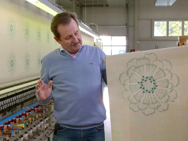 innovativ: die Firma Dotzauer produziert Spitzentapeten für die Wand