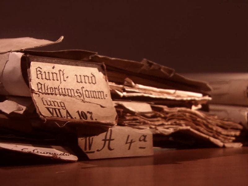 doch den DDR-Behören sind Kirchenschätze suspekt, die Akte wird geschlossen: der Schatz gilt offiziell als verschollen