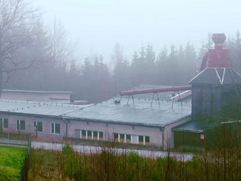 die Wende: die Kombinatshallen von Germina auf dem Schneckenstein stehen bis heute leer