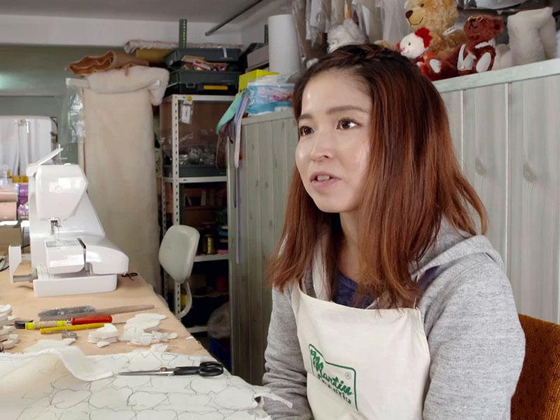 Maho Miyai aus Japan erfüllt sich in Sonneberg ihren Berufstraum Spielzeugmacherin